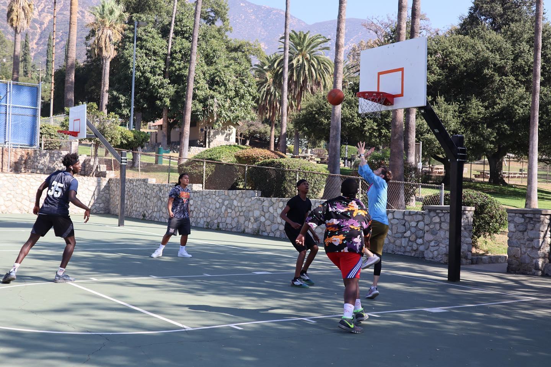 sam basketball.jpg