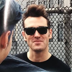 Morrissey 1991 shades fence (i).png