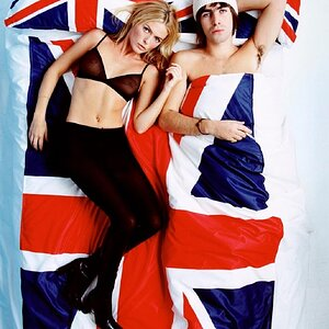 agius_liam_gallagher_and_patsy_kensit_1996_master-1.jpg