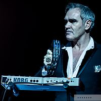 Morrissey-Concert-Review-Photos-2015-Tour-Masonic-San-Francisco-093