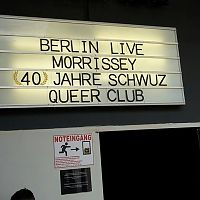 Berlin_live_sign